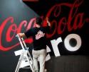 Coca Cola Zero Luminiscente en Bolera